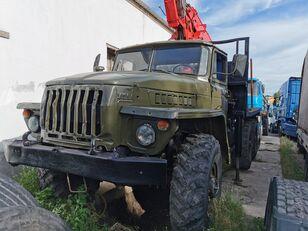 URAL HYAB houtvrachtwagen