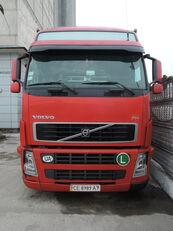 VOLVO FH 440 huifzeilen vrachtwagen + huif aanhanger